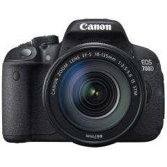 Canon EOS 700D kit (18-135mm) EF-S IS